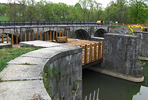 Nine Mile Creek Aqueduct restoration - South side of the trunk supports
